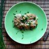 Dorsz zapiekany w sosie grzybowym z kruszonką