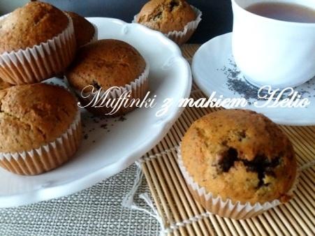 Muffinki z wilgotną masą makową z bakaliami HELIO