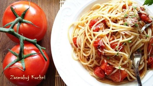 Spaghetti pomidorowe z rzeżuchą