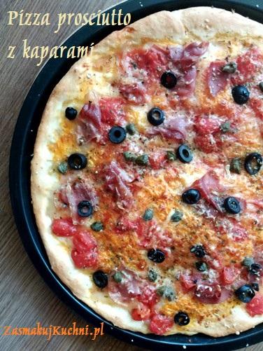 Pizza prosciutto z kaparami