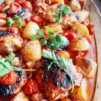 Udka pieczone z pomidorkami i ziemniakami